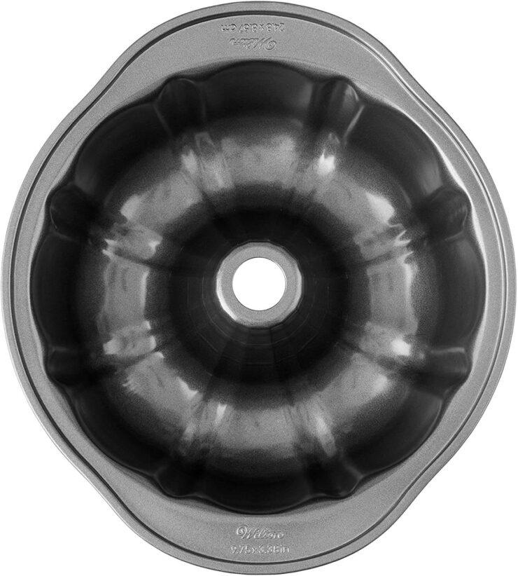 Wilton Fluted Tube Pan